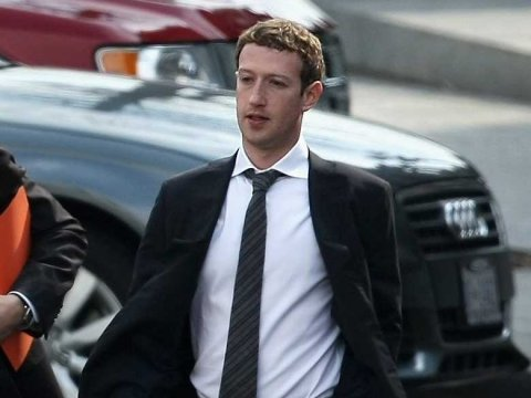 mark-zuckerberg-suit