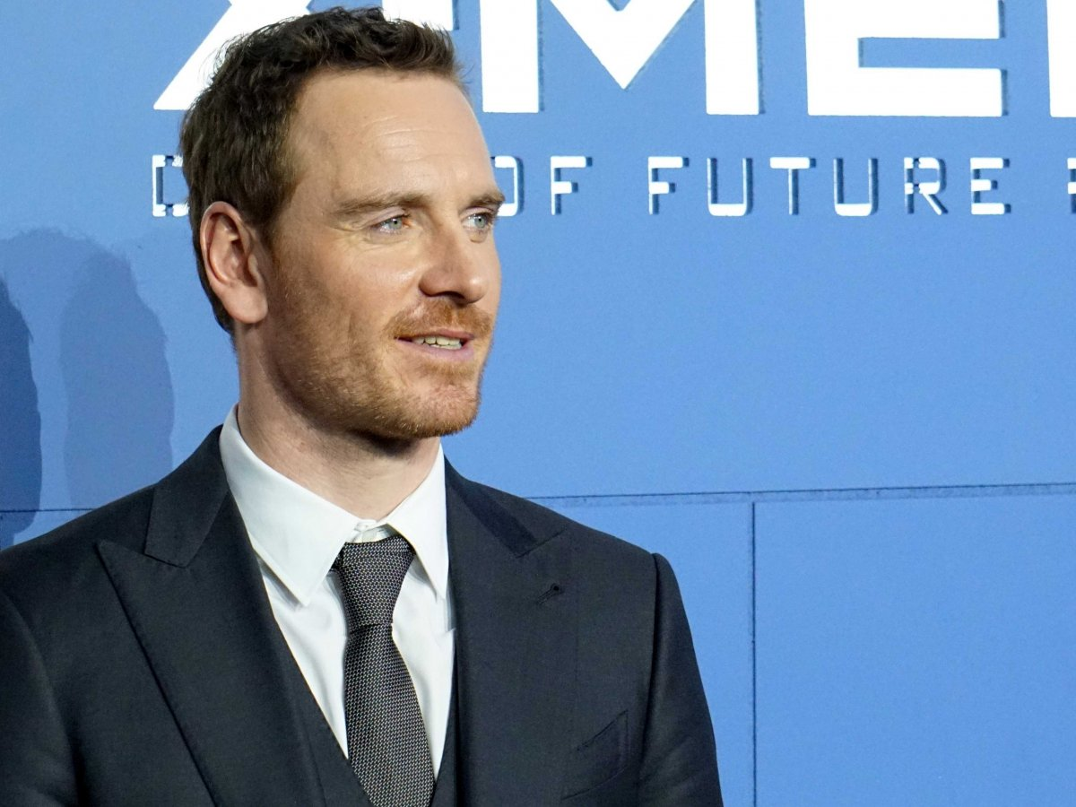 Michael Fassbender is the latest actor in talks to play Apple founder ...